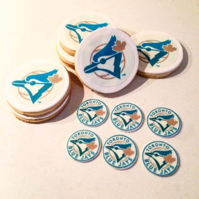 Blue Jays Logo Cookies by Tripl3 Baked