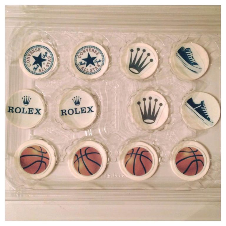 Cupcake Toppers by Tripl3 Baked