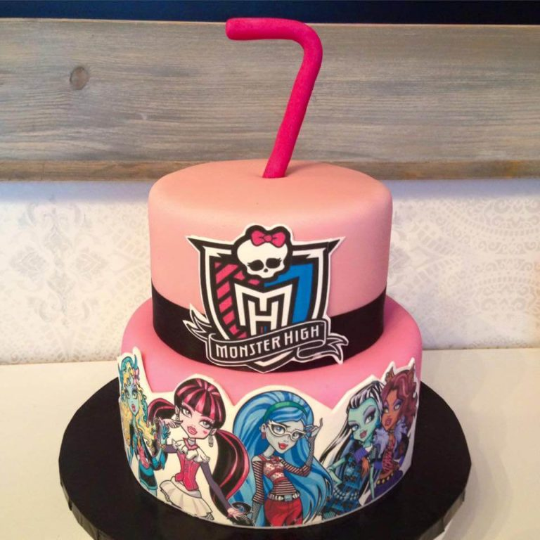 Monster High Cake by Tripl3 Baked