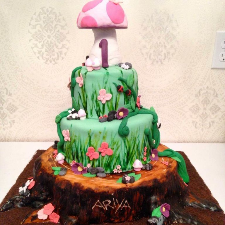 Tree Trunk Cake by Tripl3 Baked
